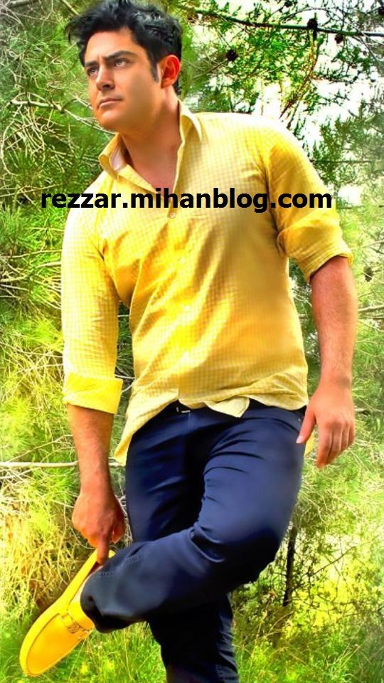 http://rezzar.persiangig.com/1391/Azar-91/golzar-fanpage-2.jpg